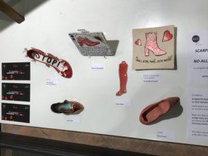 Scarpette Rosse in ceramica